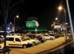 GERÇEK GÜNDEM : AKP'li Belediye CHP'nin Afişlerini Sökerken Kameralara Yakalandı